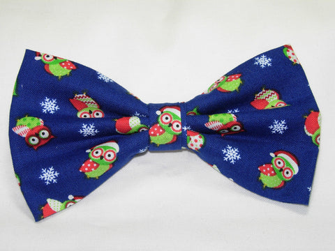 CHRISTMAS OWLS PRE-TIED BOW TIE - RED & GREEN HOLIDAY OWLS & SNOWFLAKES ON DARK BLUE - Bow Tie Expressions  - 1