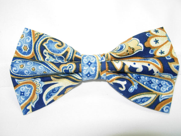 Blue Paisley Bow Tie / Star Spangled Blue & Tan Paisley / Pre-tied Bow tie - Bow Tie Expressions