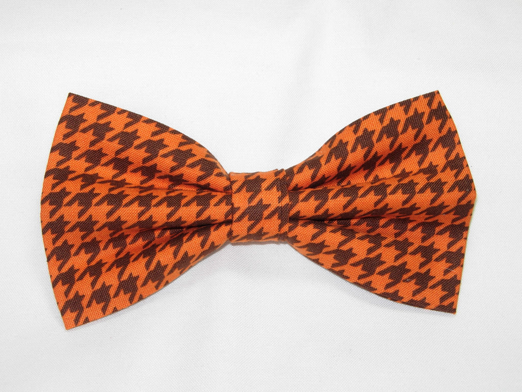 Houndstooth Bow tie / Pumpkin Orange & Brown Houndstooth / Pre-tied Bow tie - Bow Tie Expressions