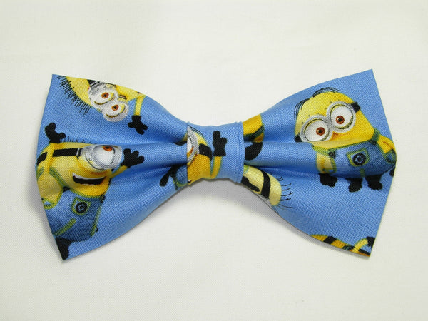 1 IN A MINION PRE-TIED BOW TIE - DESPICABLE ME - POPULAR MINIONS TOSSED ON BLUE - Bow Tie Expressions  - 1