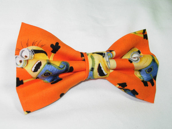 Minions Bow tie / Despicable Me Minions on Orange / Minion Birthday Party / Pre-tied Bow tie - Bow Tie Expressions