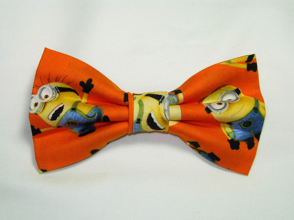 1 IN A MINION PRE-TIED BOW TIE - DESPICABLE ME - POPULAR MINIONS TOSSED ON ORANGE - Bow Tie Expressions  - 1