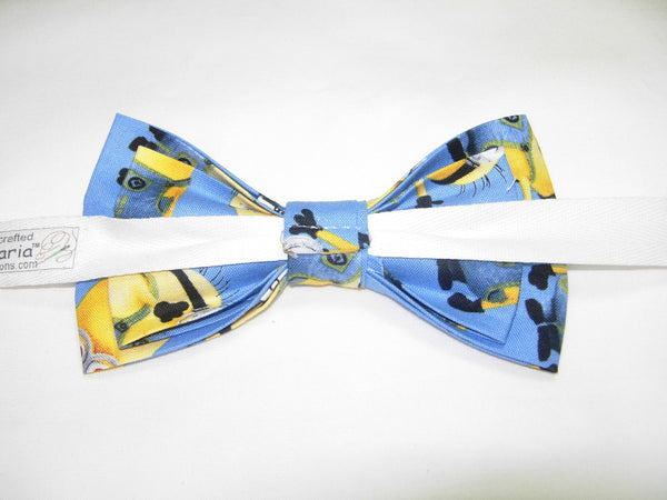 1 IN A MINION PRE-TIED BOW TIE - DESPICABLE ME - POPULAR MINIONS TOSSED ON BLUE - Bow Tie Expressions  - 3