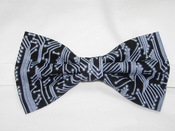 Computer Bow tie / White Circuit Board Traces on Black / Self-tie & Pre-tied Bow tie - Bow Tie Expressions