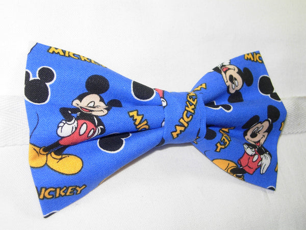 Mickey Mouse Bow tie / Mickey Mouse & Ears on Blue / Disney Party / Pre-tied Bow tie - Bow Tie Expressions