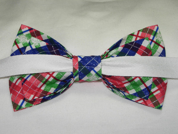 SNOWY CHRISTMAS PLAID PRE-TIED BOW TIE - RED, GREEN, BLUE & WHITE PLAID - Bow Tie Expressions  - 3