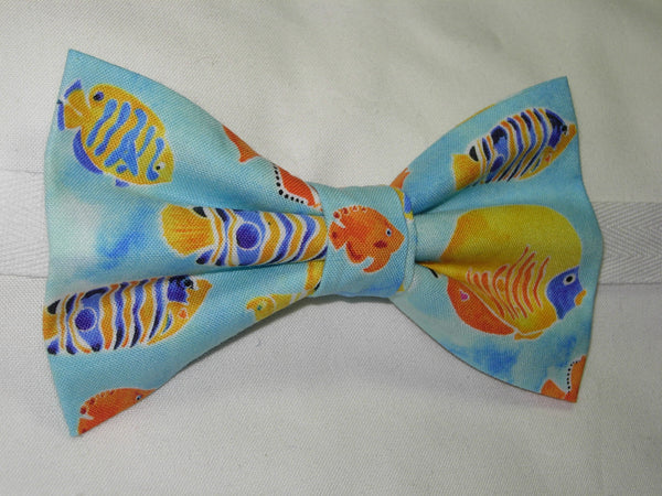 TRANQUIL TIDES BOW TIE - COLORFUL FISH SWIMMING IN A LIGHT BLUE SEA - Bow Tie Expressions  - 3