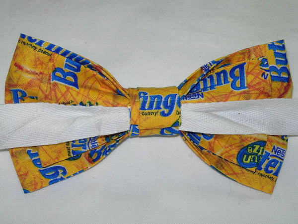 Butterfinger Bow tie / Butterfinger Candy Bars / Pre-tied Bow tie - Bow Tie Expressions