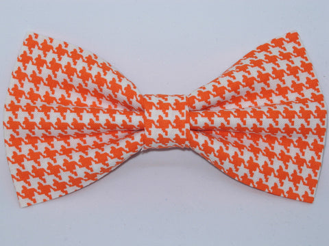 Houndstooth Bow tie / Orange & White Houndstooth / Pre-tied Bow tie