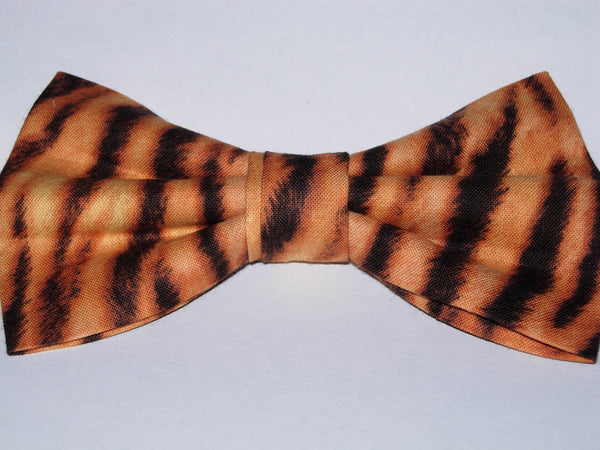 Tiger Print Bow Tie / Furry-looking Black Tiger Stripes on Gold / Pre-tied Bow tie - Bow Tie Expressions