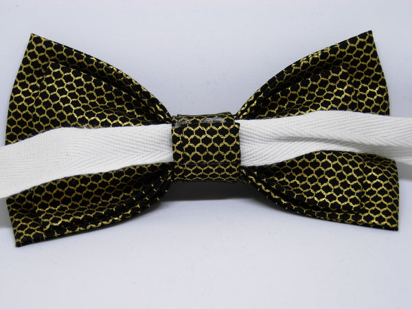 Gold & Black Bow tie / Metallic Gold Lace Mesh on Black / Retro Gatsby Style / Self-tie & Pre-tied - Bow Tie Expressions