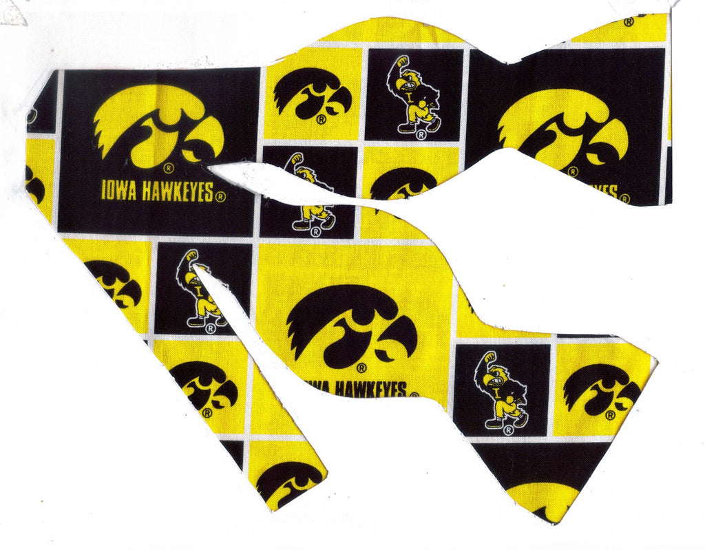 "IOWA HAWKEYES ""Herky the Hawk"" BOW TIE (BLOCKS) - Bow Tie Expressions"