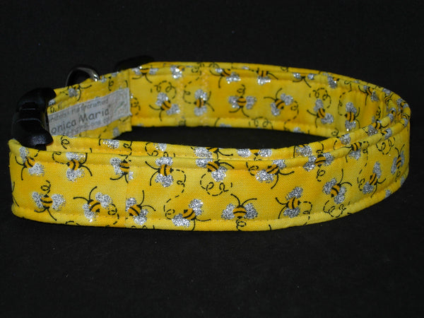 Queen Bee Dog Collar / Busy Bees with Metallic Silver Wings on Yellow / Matching Dog Bow tie - Bow Tie Expressions
