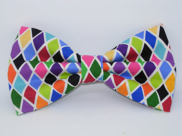 Trendy Diamonds Bow tie / Colorful Diamond Shapes / Self-tie & Pre-tied Bow tie - Bow Tie Expressions
