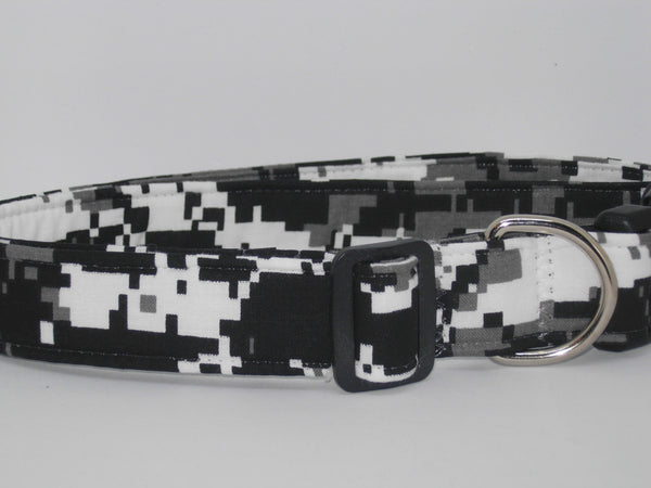 Digital Camo Dog Collar / Urban Gray Camo / Gray, White & Black Camo / Matching Dog Bow tie - Bow Tie Expressions