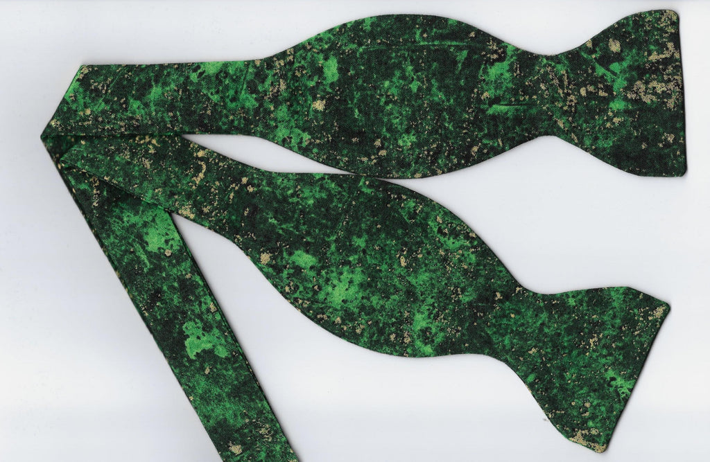 Green & Gold Bow tie / Metallic Gold Flakes on Emerald Green / Self-tie & Pre-tied Bow tie