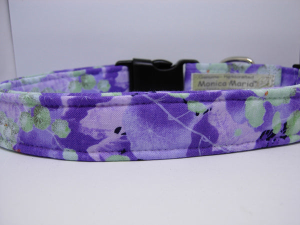 Purple Violets Dog Collar / Lavender Flowers with Mint Green Leaves / Matching Dog Bow tie - Bow Tie Expressions