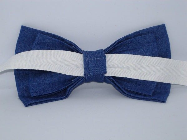 Denim Bow tie / Lightweight Blue Denim / Blue Jeans / Pre-tied Bow tie - Bow Tie Expressions