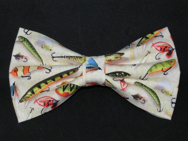 Fishing Bow tie / Colorful Fishing Lures on Beige / Pre-tied Bow tie - Bow Tie Expressions