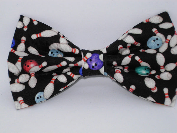 Bowling Bow tie / Mini Pins & Balls on Black / Self-tie & Pre-tied Bow tie - Bow Tie Expressions