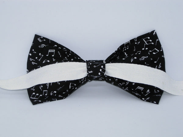 Music Bow tie / Mini White Musical Notes on Black / Self-tie & Pre-tied Bow tie