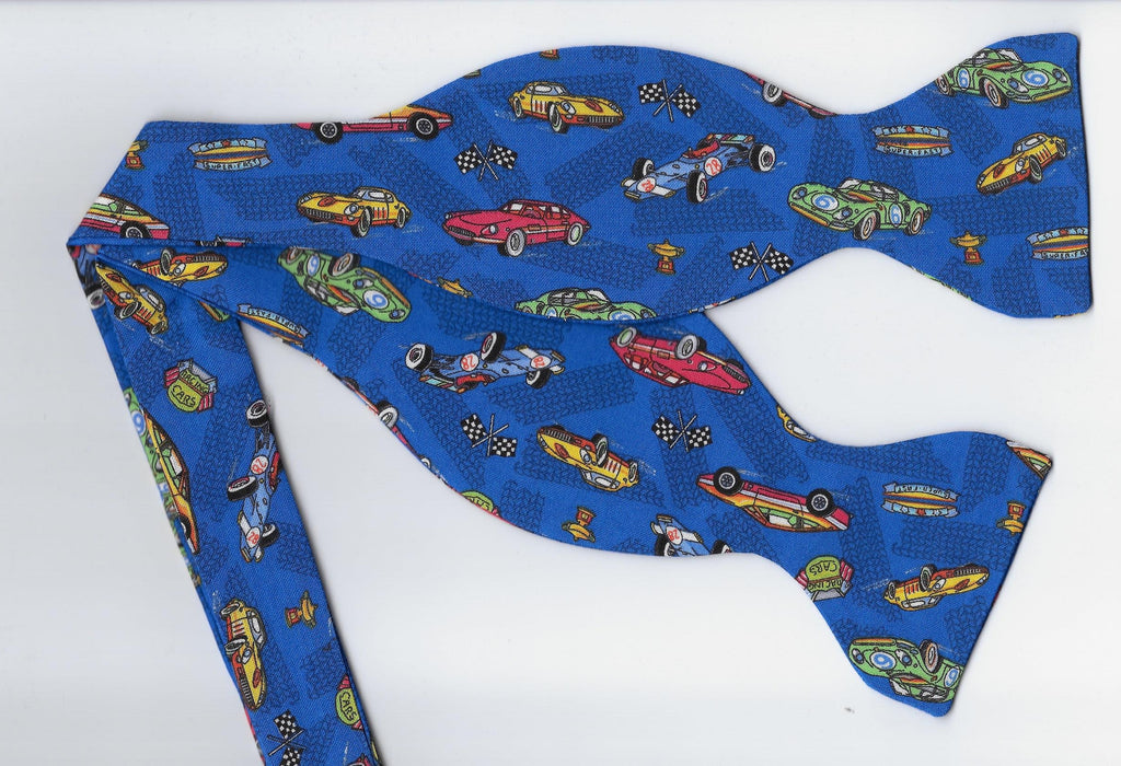 Racing Bow tie / Race Cars on Blue / Drag Racing / NASCAR / Self-tie & Pre-tied Bow tie