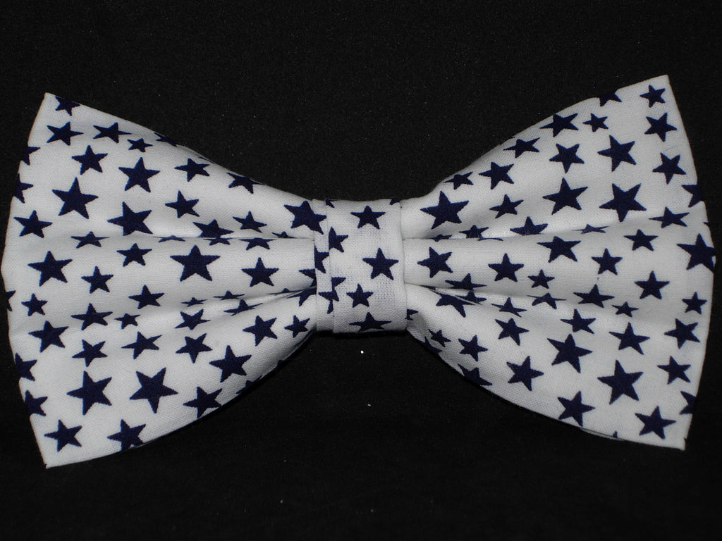 Super Star Bow tie / Navy Blue Stars on White / Pre-tied Bow tie