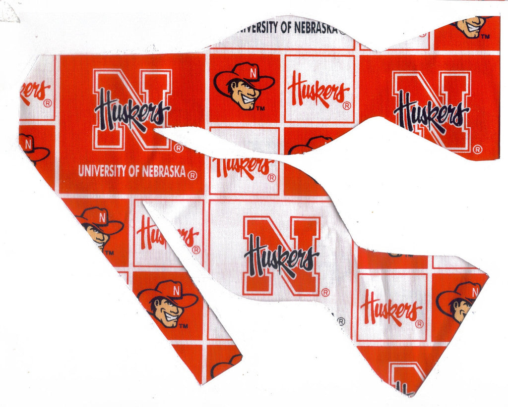 "NEBRASKA ""HUSKERS"" BOW TIE (RED & WHITE BLOCKS) HERBIE HUSKER - Bow Tie Expressions"