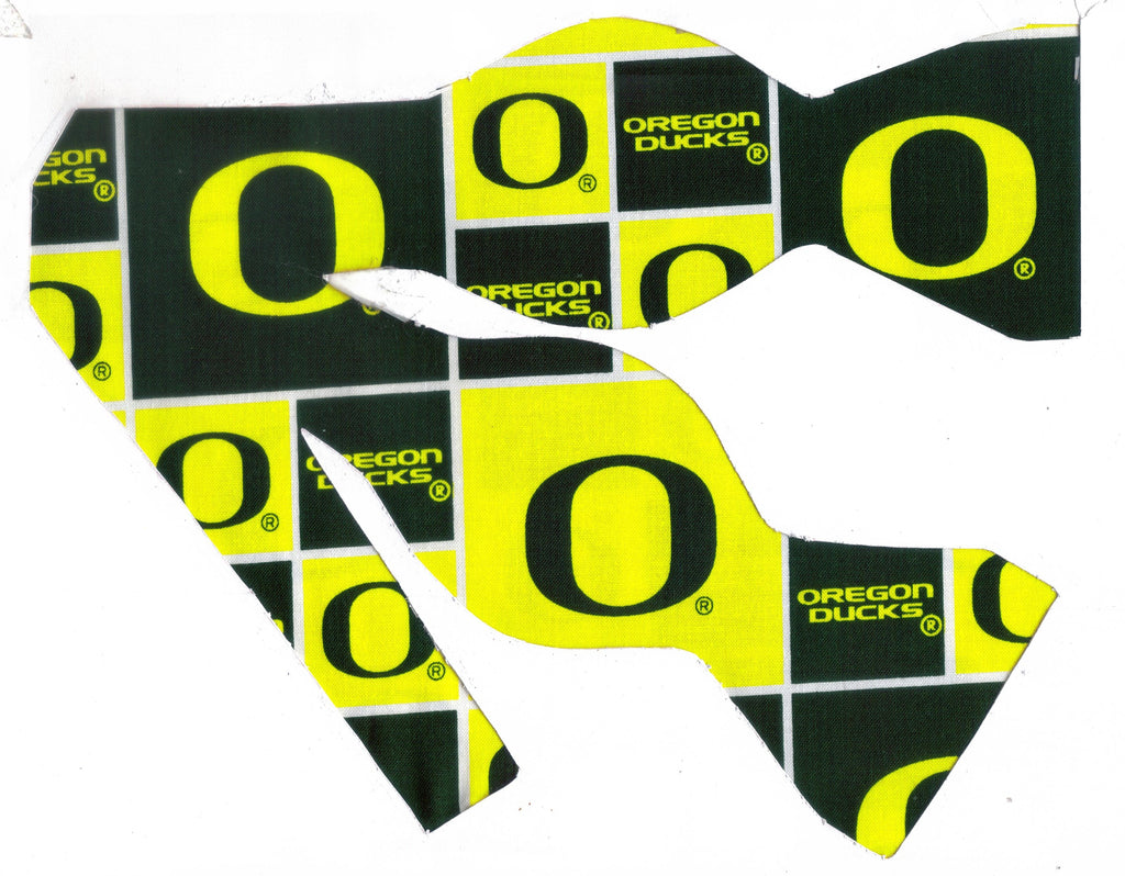 Oregon Ducks Bow tie (Blocks) Dark Green & Neon Yellow / College / Self-tie & Pre-tied Bow tie
