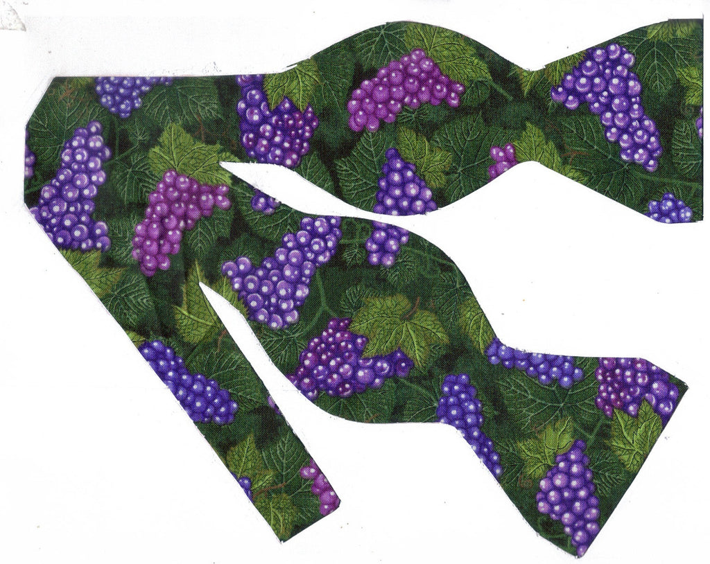 LUSCIOUS PURPLE GRAPES & LEAVES BOW TIE - Bow Tie Expressions