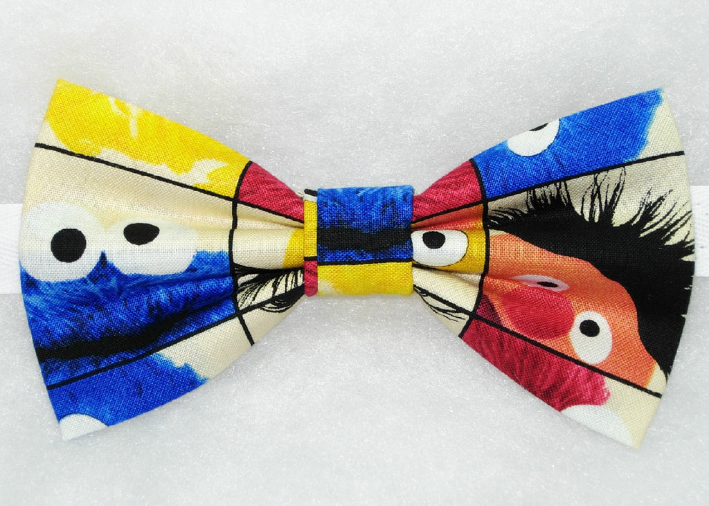 Sesame Street Bow tie / Elmo, Bert, Ernie, Grover, Cookie Monster & Big Bird on Ivory / Pre-tied bow tie - Bow Tie Expressions