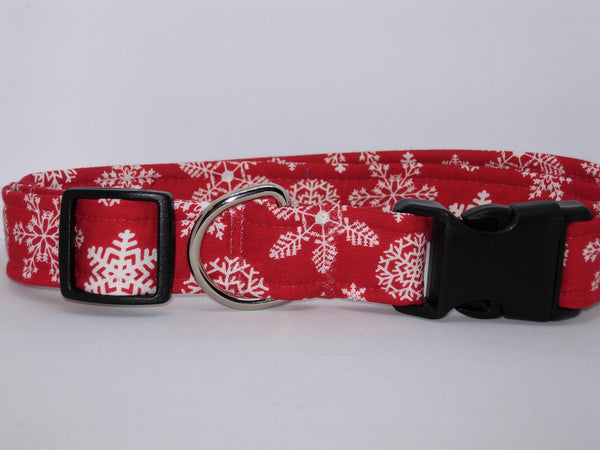 Christmas Dog Collar / White Snowflakes on Red / Matching Dog Bow tie - Bow Tie Expressions