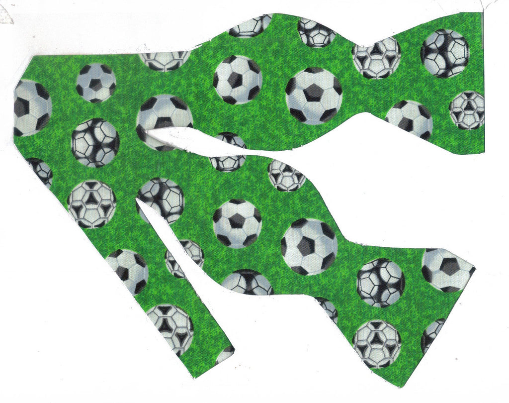Soccer Bow tie / Soccer Balls on Green / Gift for Coach / Self-tie & Pre-tied Bow tie - Bow Tie Expressions