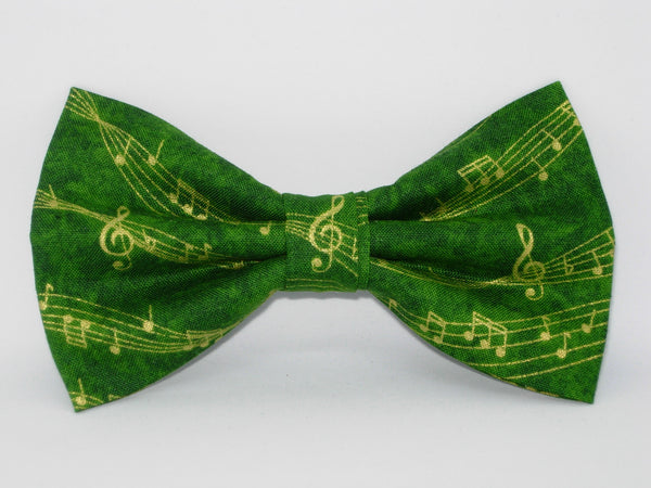 Music Bow tie / Wavy Metallic Gold Music on Green / Self-tie & Pre-tied Bow tie - Bow Tie Expressions