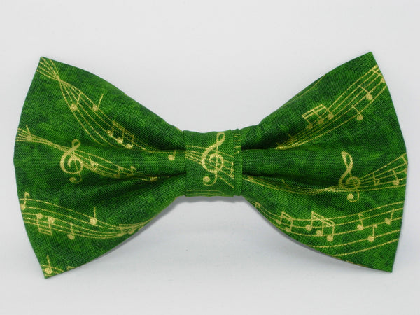 Music Bow tie / Wavy Metallic Gold Music on Green / Pre-tied Bow tie - Bow Tie Expressions