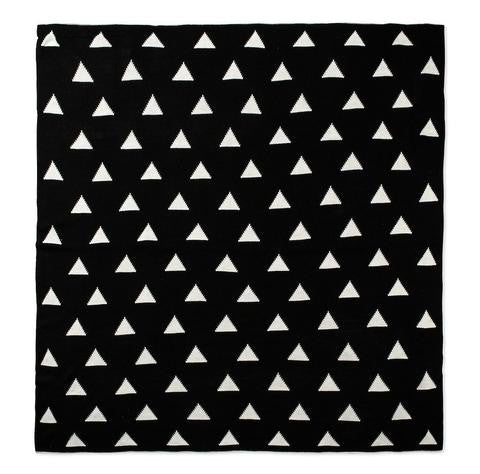Large Reversiable Throw Triangles