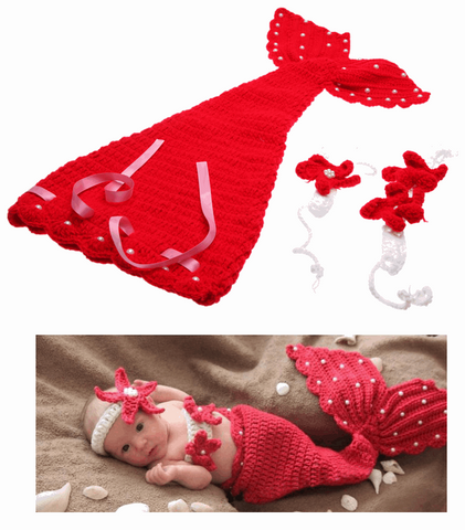 Baby's knitted Costume