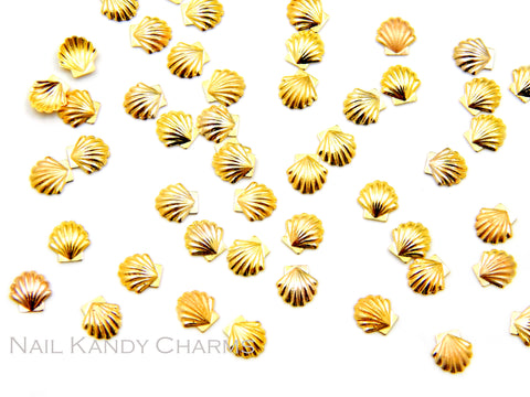 Seashell Studs 5mm / Gold / 20pcs