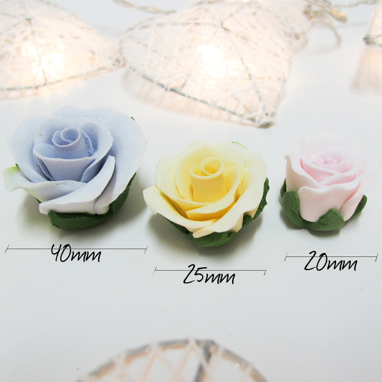 Sugar Flowers - Small Rose with calyx leaves