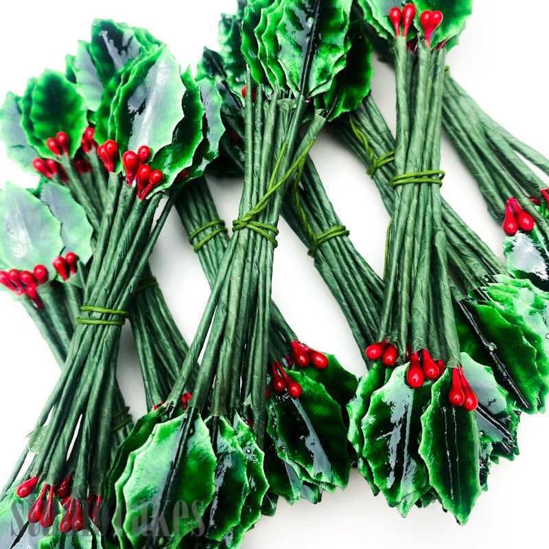 Christmas Holly Twist-Tie Ornaments - Small