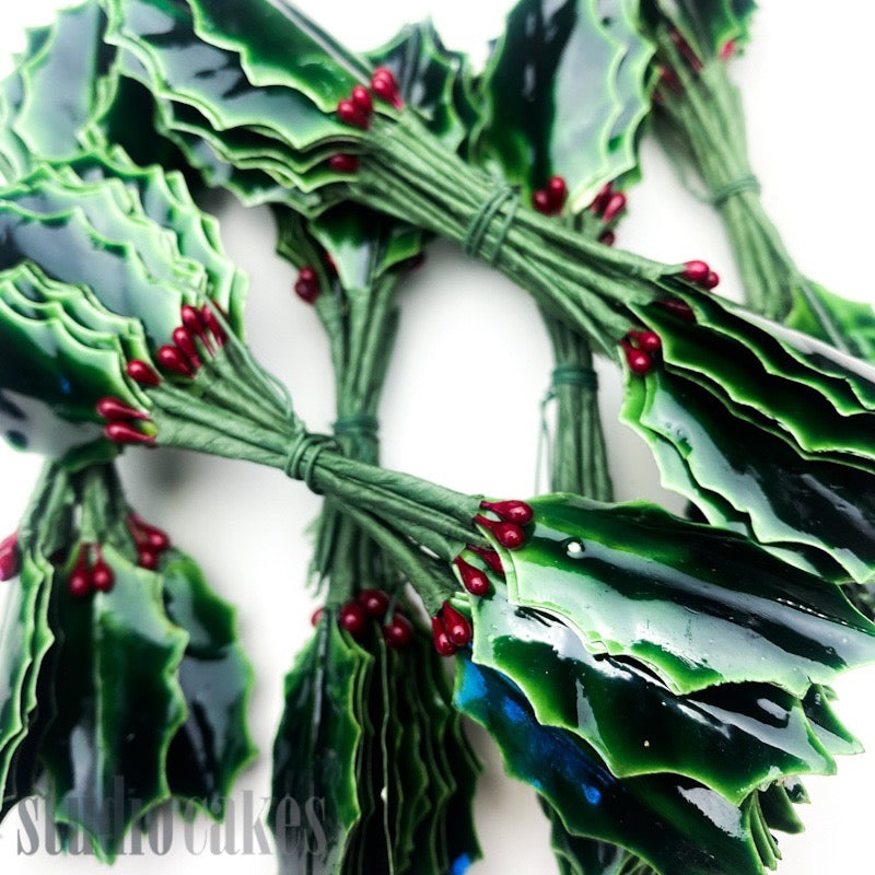 Christmas Holly Twist-Tie Ornaments - Medium