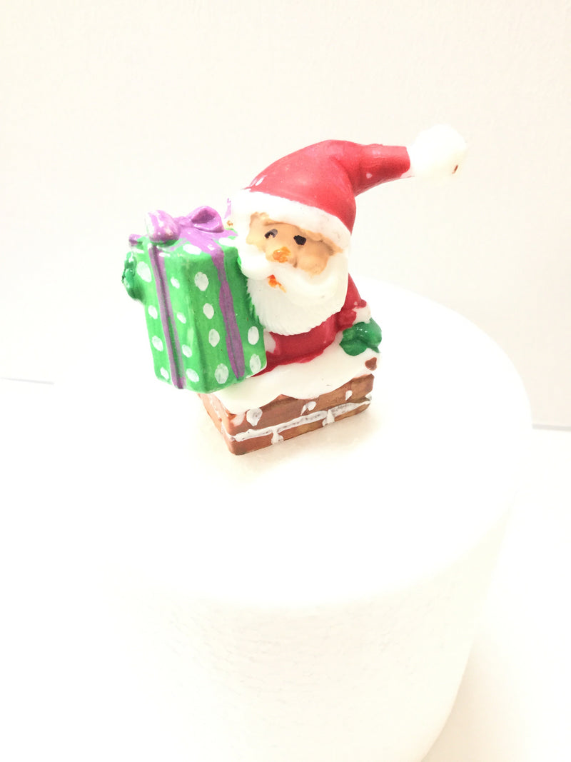 Christmas Cake topper - Santa down the chimney