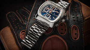 Straton Speciale watch with stainless steel bracelet