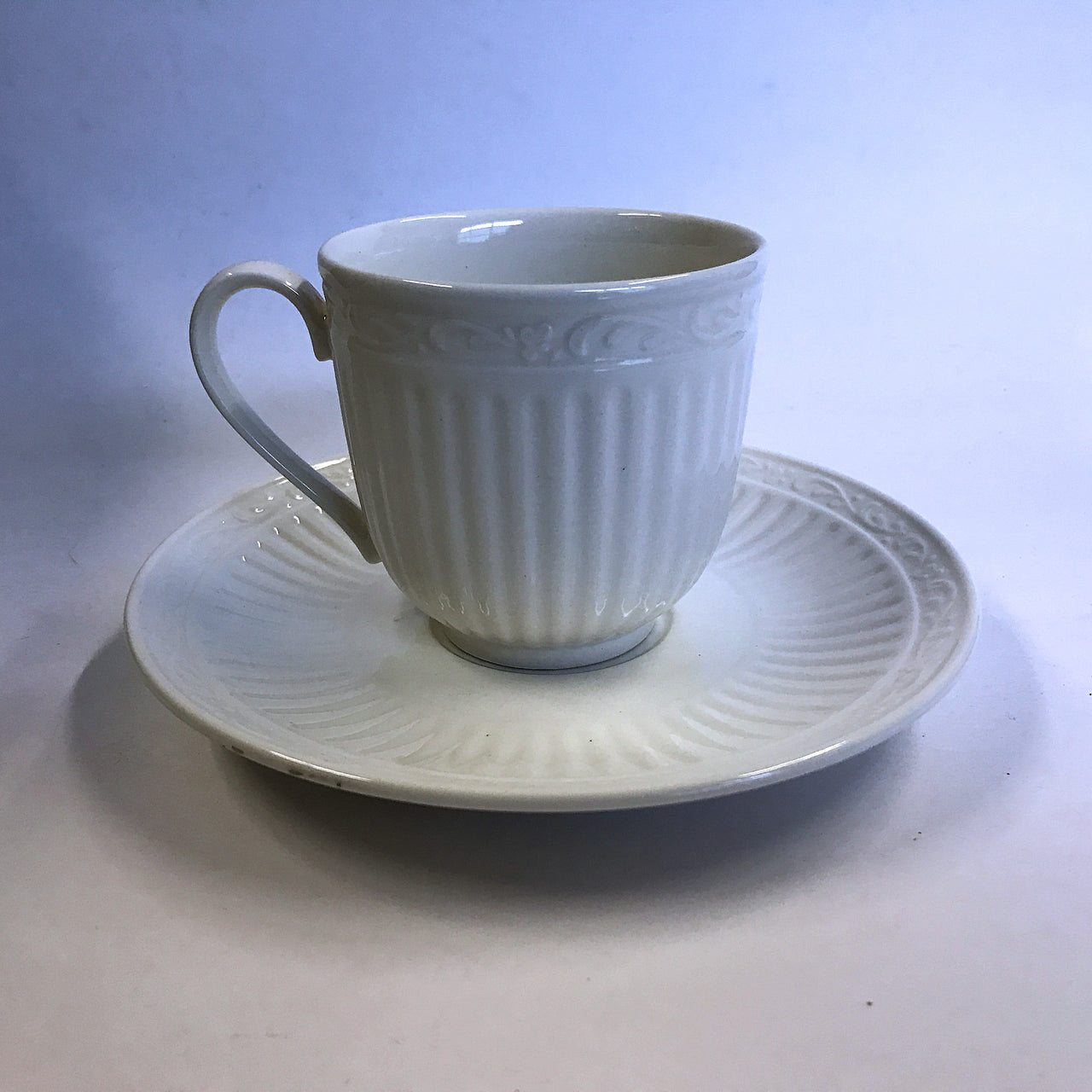 Mikasa Italian Countryside Cup and Saucer Cream Stoneware Scrolls Ribbed DD900