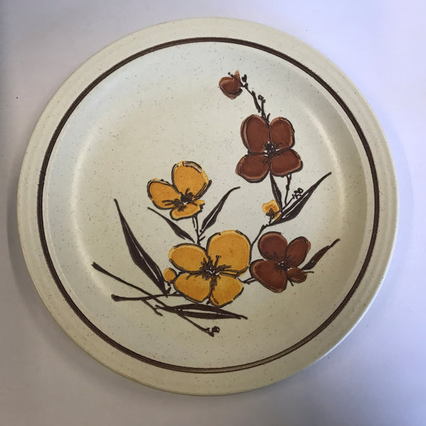Vintage 1977 Homer Laughlin Dinner Plate Brown Gold Flowers