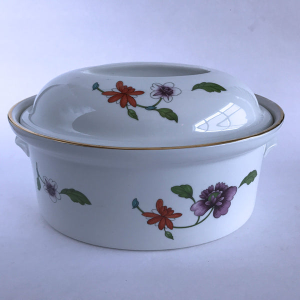 Royal Worcester Astley 2 Quart Oval Covered Casserole Imperfect Wear to Gold