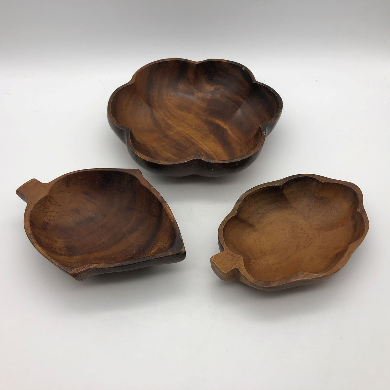 Vintage 3 Carved Wood Bowls Monkeypod for Nuts Candy Trinkets Keys