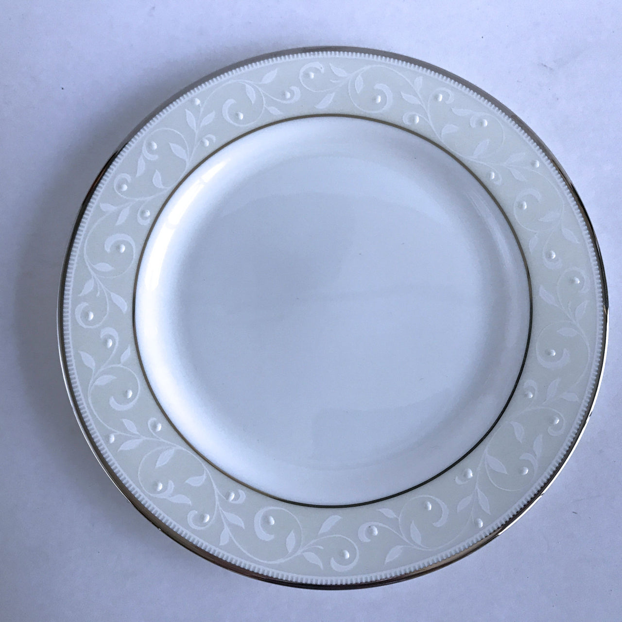 Lenox China Opal Innocence Bread Plate White Dots Leaves Platinum Trim