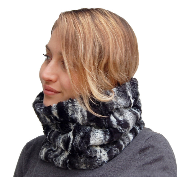 Puffin Gear Lodge Faux Fur Neck Tube