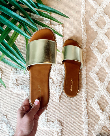The Collins Sandal in Gold